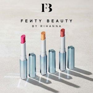 🎉HP🎉 Fenty Beauty Snow Daze